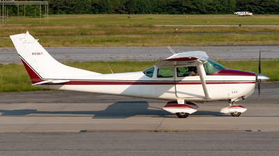 N3196Y - Cessna 182E Skylane - Private