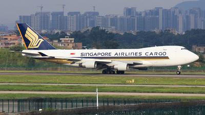 A picture of 9VSFN - Boeing 747412F(SCD) - Singapore Airlines - © TANG MIN XIN
