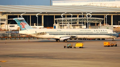 B-2132 - McDonnell Douglas MD-82 - China Southern Airlines