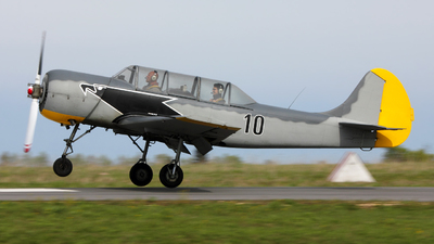 10 - Yakovlev Yak-52 - Private