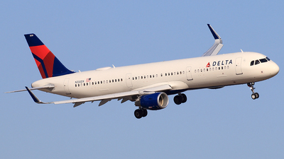 N330DX - Airbus A321-211 - Delta Air Lines