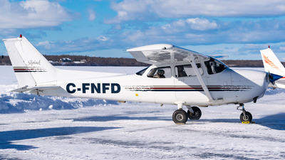 C-FNFD - Cessna 172R Skyhawk - Namao Flying Club