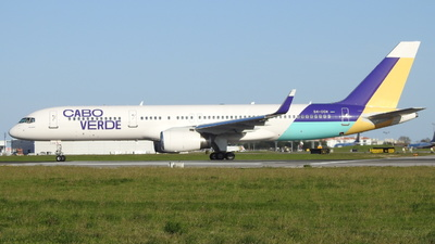 A picture of D4CCH - Boeing 757256 - Cabo Verde Airlines - © Rui J Pais