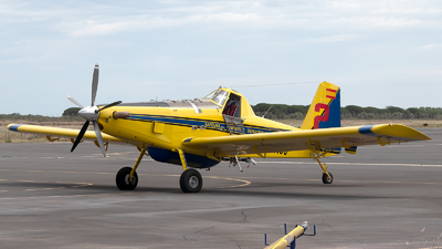 A picture of ECNJJ - Air Tractor AT802A - [802A0810] - © Eric Verplanken
