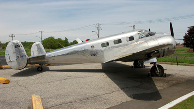 CF-ZWY-X - Beech 18 - Private