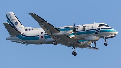JA954A - Saab 340B - Japan - Coast Guard