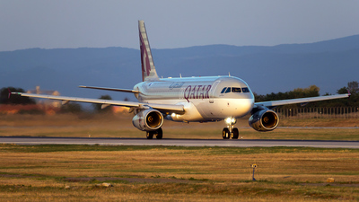 A7-AHI - Airbus A320-232 - Qatar Airways