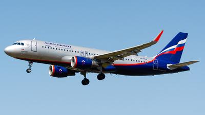 A picture of VPBLR - Airbus A320214 - Aeroflot - © Laszlo Fekete