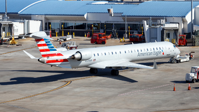 A picture of N594NN - Mitsubishi CRJ900LR - American Airlines - © Oliver Richter