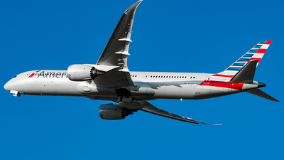 A picture of N821AN - Boeing 7879 Dreamliner - American Airlines - © YunHyeokChoi