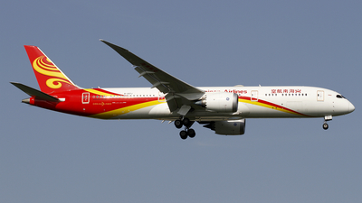 A picture of B207J - Boeing 7879 Dreamliner - Hainan Airlines - © wangpaul