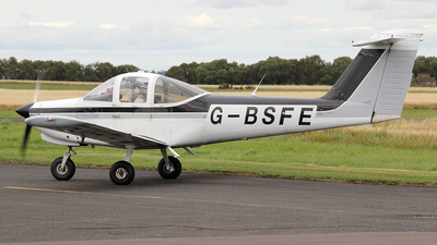 G-BSFE - Piper PA-38-112 Tomahawk II - Private