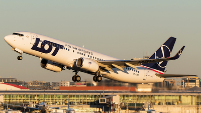SP-LWF - Boeing 737-86N - LOT Polish Airlines