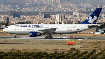A picture of EPMNI - Airbus A300B4603 - Iran Airtour - © Mohammad Rozve