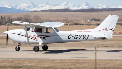 A picture of CGYVJ - Cessna 172N Skyhawk - [17268945] - © Paul Nitychoruk