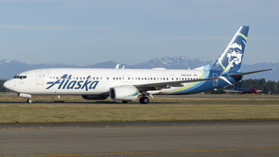 A picture of N285AK - Boeing 737990(ER) - Alaska Airlines - © Brad Ice