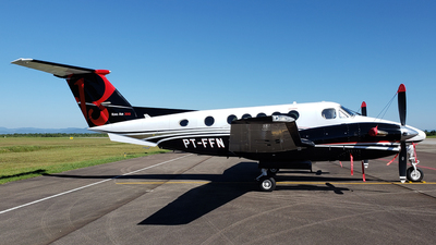PT-FFN - Beechcraft B300 King Air - Private