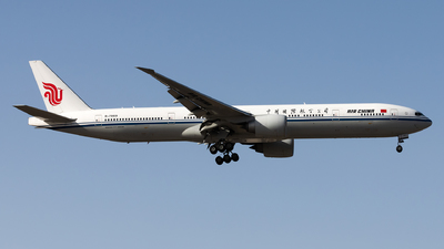 B-7869 - Boeing 777-39LER - Air China