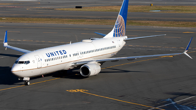 A picture of N33294 - Boeing 737824 - United Airlines - © OCFLT_OMGcat