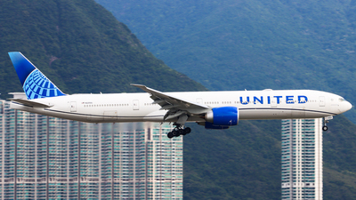 N2250U - Boeing 777-322ER - United Airlines