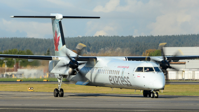 C-GJZY - Bombardier Dash 8-Q402 - Air Canada Express (Jazz Aviation)