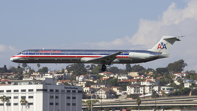 N598AA - McDonnell Douglas MD-83 - American Airlines