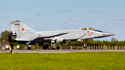 RF-95448 - Mikoyan-Gurevich MiG-31BM Foxhound - Russia - Air Force