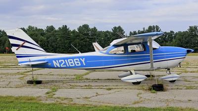 N2186Y - Cessna 172D Skyhawk - Private
