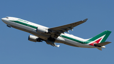 A picture of EIEJO - Airbus A330202 - Alitalia - © Mj_Aviation
