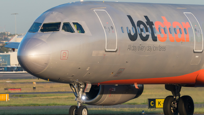 VH-VWY - Airbus A321-231 - Jetstar Airways