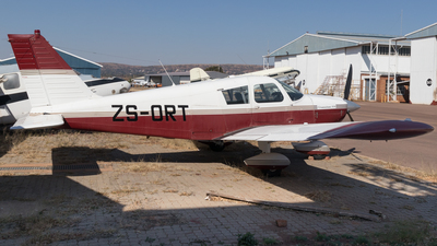 ZS-ORT - Piper PA-28-235 Cherokee - Private