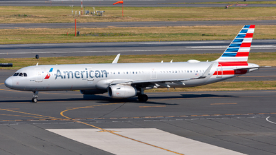 A picture of N135NN - Airbus A321231 - American Airlines - © OCFLT_OMGcat