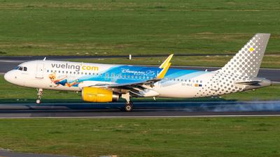 A picture of ECMLE - Airbus A320232 - Vueling - © Gaetan De Meyer - DHL Photographer