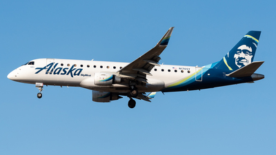 A picture of N176SY - Embraer E175LR - Alaska Airlines - © Nick Sheeder