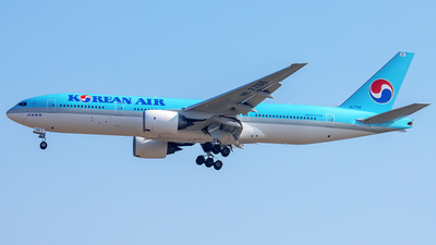 A picture of HL7766 - Boeing 7772B5(ER) - Korean Air - © YoungKyun Shin