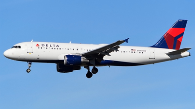 A picture of N348NW - Airbus A320212 - Delta Air Lines - © Doug Marsh