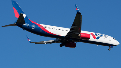 VQ-BYX - Boeing 737-9GPER - Azur Air