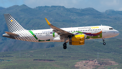 EC-MOG - Airbus A320-232 - Vueling Airlines