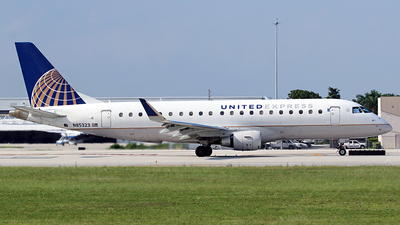 A picture of N85323 - Embraer E175LR - United Airlines - © André DuPont (MAS Aviation Press)