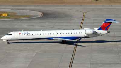 A picture of N689CA - Mitsubishi CRJ900LR - Delta Air Lines - © Jason Whitebird