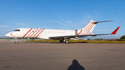 CS-DOU - Bombardier BD-700-1A10 Global 6500 - MasterJet