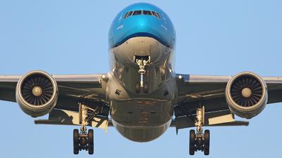 PH-BQI - Boeing 777-206(ER) - KLM Royal Dutch Airlines
