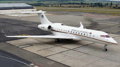 D2-ANG - Bombardier BD-700-1A10 Global Express XRS - Angola - Government