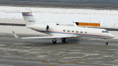 N697A - Gulfstream G-V - Private