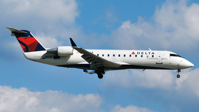 N983CA - Bombardier CRJ-100ER - Delta Connection (Comair)