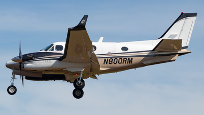 N800RM - Beechcraft C90GTi King Air - Private