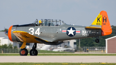 N29965 - North American SNJ-5 Texan - Private