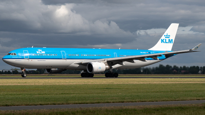 PH-AKD - Airbus A330-303 - KLM Royal Dutch Airlines