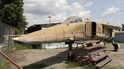 9820 - Mikoyan-Gurevich MiG-23BN Flogger H - Czech Republic - Air Force