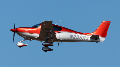 A picture of N238RS - Cirrus SR22 - [3979] - © Oliver Richter